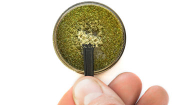 What is Kief? How To Use it & How to Smoke It