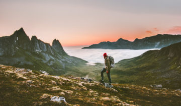 Hiking With Weed – Tips For a Safe and Fun Experience